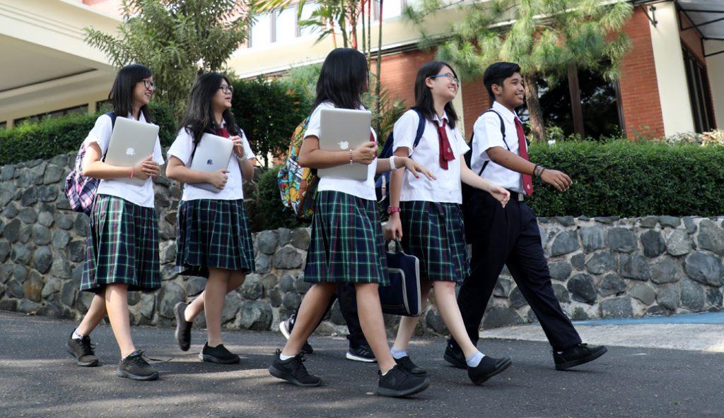 Sekolah Pelita Harapan Sentul City jalan