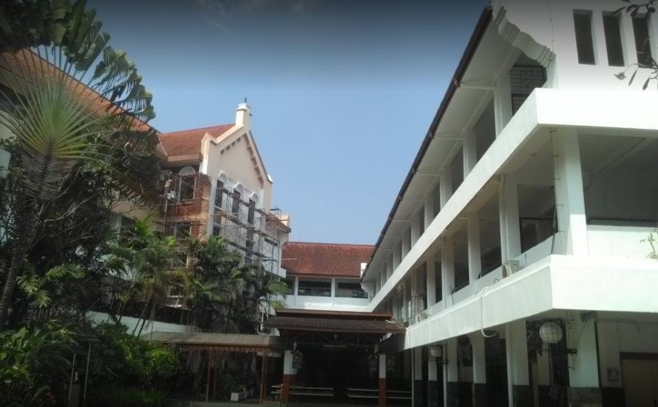 Regina Pacis Bogor cover