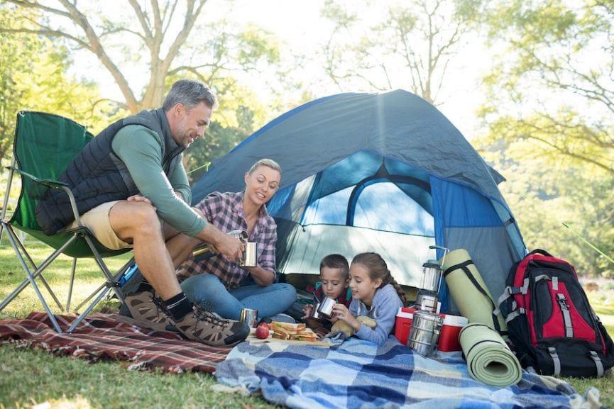Camping Keluarga cover
